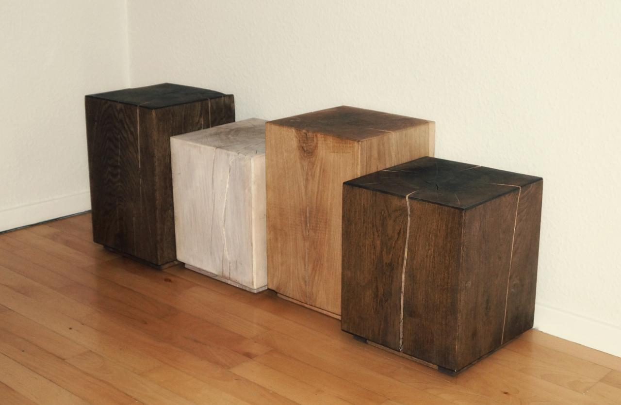 Massive træblokke bord